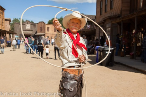Trick roper Dave Thornbury shows of his roping skills